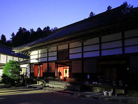 豊岡・安国寺ドウダンツツジ