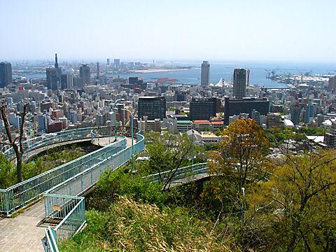 ビーナスブリッジと神戸港の風景