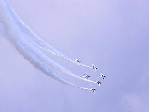 姫路城ブルーインパルスのテスト飛行・曲技飛行