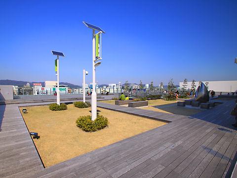 piole HIMEJI[ピオレ姫路]屋上広場・姫路城展望デッキ