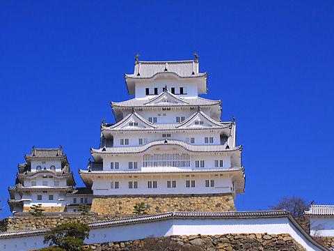 姫路城の写真 / 姫路城三の丸広場から撮影