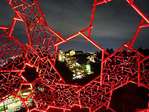 六甲山光のアート・六甲枝垂れ / 神戸夜景スポット・六甲ガーデンテラス