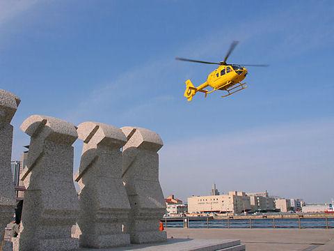 ヘリコプターの遊覧飛行