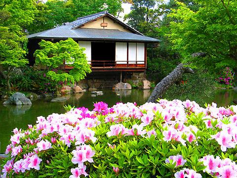 神戸市 相楽園の日本庭園とつつじ・浣心亭