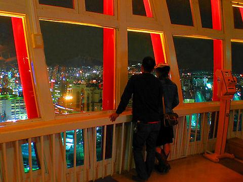 神戸市 恋人の聖地・神戸ポートタワーの展望台