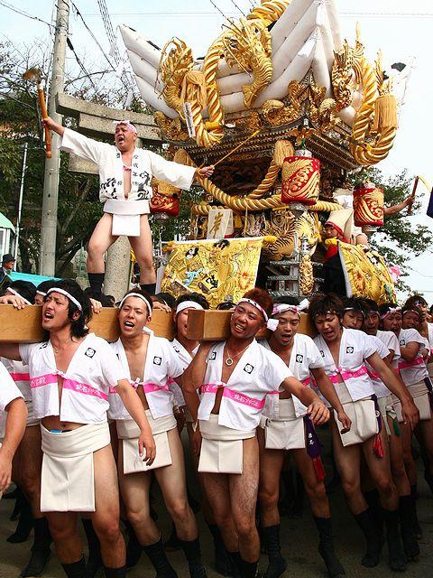 太鼓屋台の練り回し/高砂 生石神社秋祭り